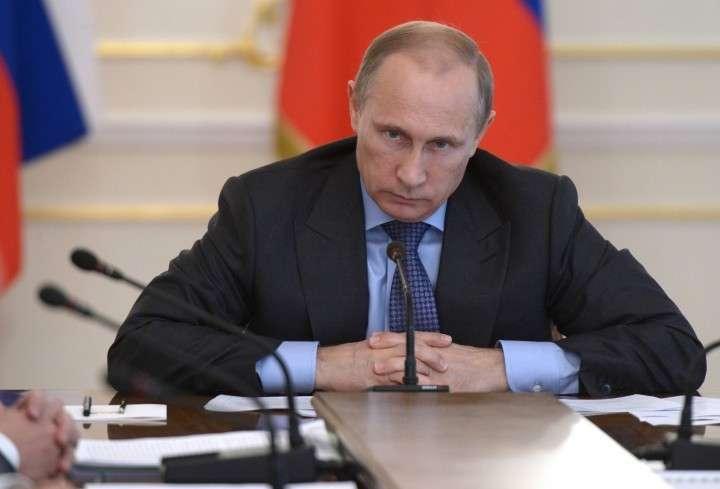 Владимир Путин пообещал уволить силовиков, избравших себя в академики