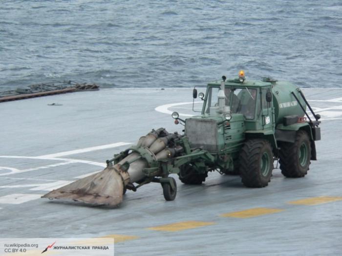 Члены НАТО были в шоке, увидев на борту «Адмирала Кузнецова» трактор с реактивным двигателем