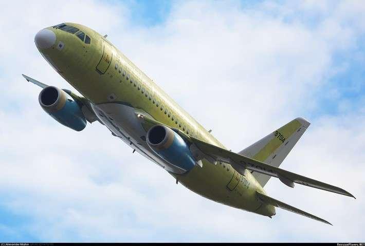 11. Очередной Сухой Суперджет 100 совершил первый полет Сделано у нас, политика, факты