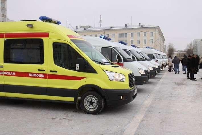 3. Парк скорой помощи Республики Коми пополнили 9 новых машин Россия - 2016, Сделано у нас, политика, факты