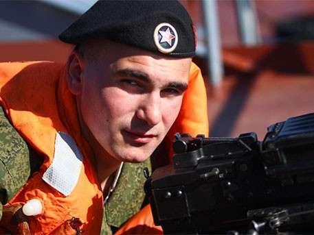 Там где мы – там победа: во Владивостоке чествуют морских пехотинцев