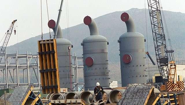 Строительство завода по сжижению газа