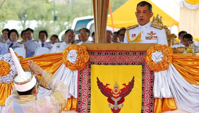 Новым королём Таиланда провозглашен Маха Вачиралонгкорн, единственный сын покойного короля Пумипона