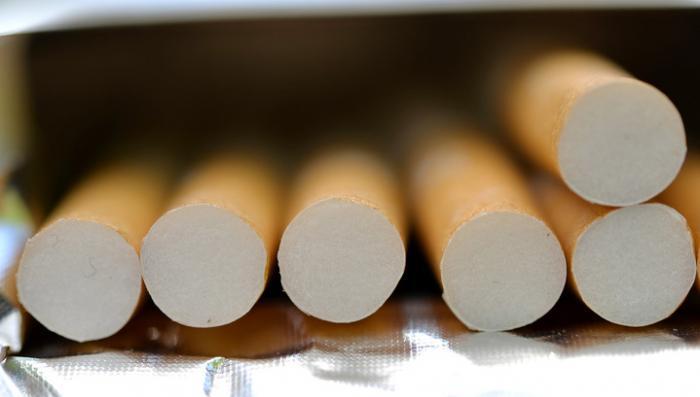 В России закрывается фабрика отравителей - старейшая табачная фабрика в стране