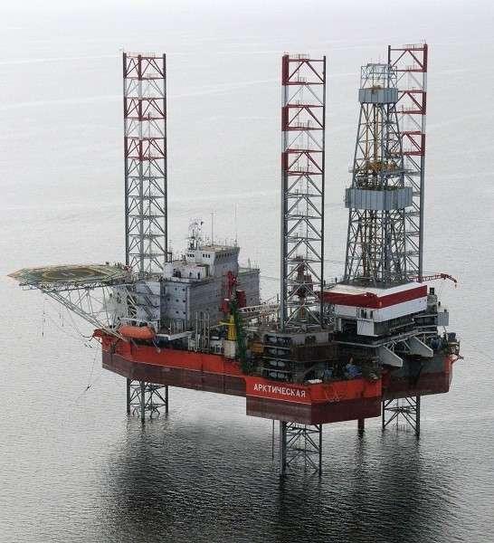 32. СПБУ «Арктическая» завершила строительство скважины на шельфе Балтийского моря политика, факты