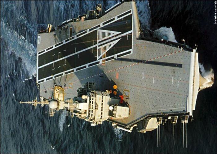 Корабль-катастрофа. «Шарль де Голль»