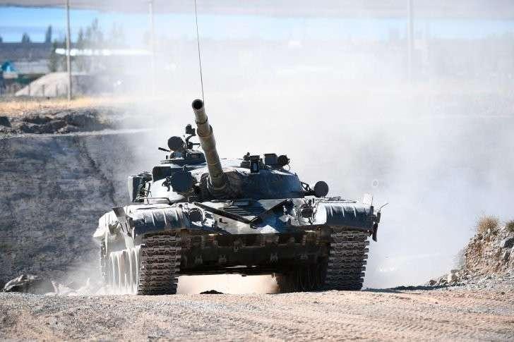 «Остудить горячие натовские головы»: Россия перевооружает войска награнице сЕвропой