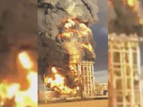 Мощный взрыв прогремел на нефтяном заводе в итальянской коммуне Саннадзаро-де-Бургонди, Ломбардия