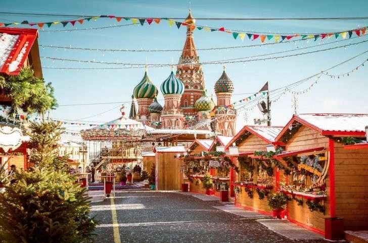 Семь вариантов встречи Нового 2017 года, которые возможны только в России