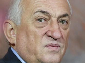 Алкобарону Василию Анисимову не удаётся совмещать дочек в США, жизнь в Швейцарии и бизнес в Крыму