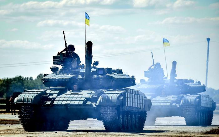Если Порошенко решит воевать с Россией: план готовили ещё при Ющенко