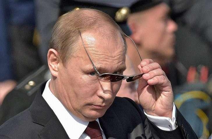 Прогноз Bloomberg: Украину отдадут Путину. С доплатой в виде головы Вальцмана
