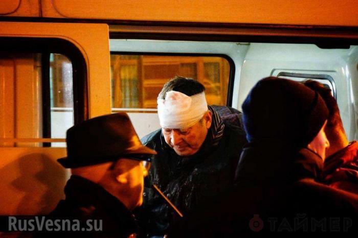 Одесские наци-ультрас зачем-то опять избили британских болельщиков