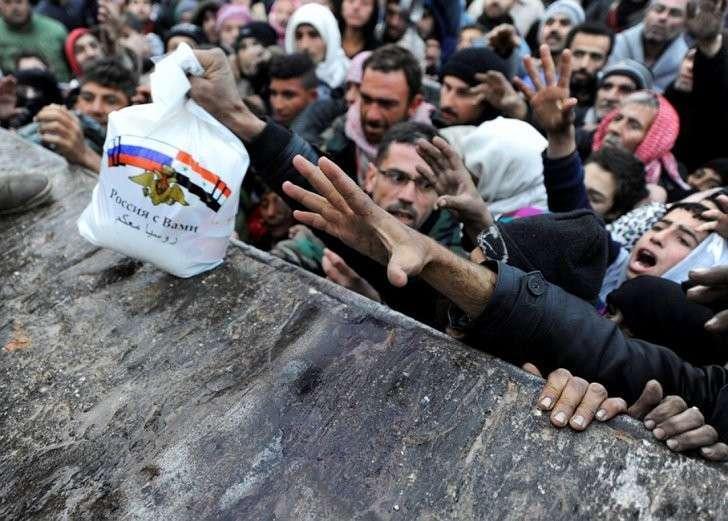 Гуманитарная помощь от России Фото: REUTERS