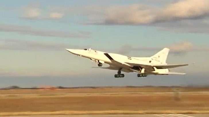 ВКС РФ нанесли десятки авиаударов по американским наёмникам во время их атаки на Пальмиру