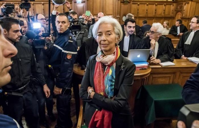 В Париже начался судебный процесс над ставшей неугодной паразитам главой МВФ Кристин Лагард