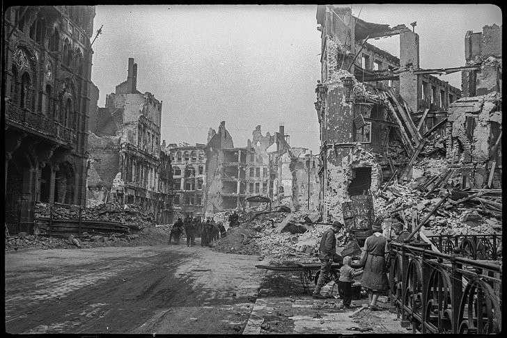 Неизвестные ранее фронтовые фотографии Второй мировой войны в Германии