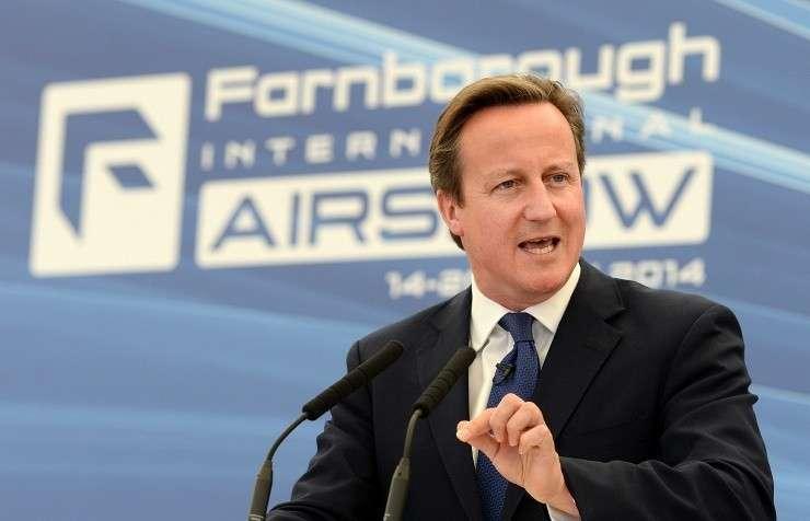 Кэмерон добивается от ЕС введения санкций против оборонного сектора РФ
