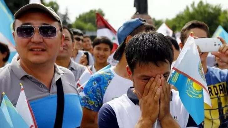 Фонд Сороса научит жителей Казахстана революции: «бороться за свои права»