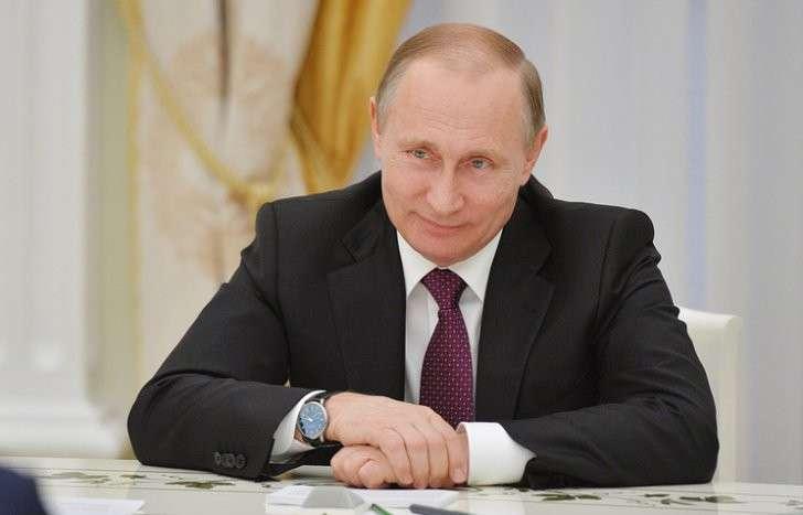 Владимир Путин поблагодарил Железнодорожные войска за заслуги в обеспечении безопасности страны