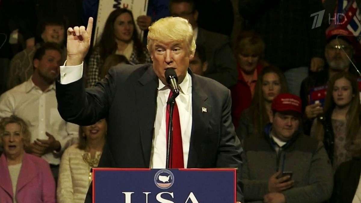 В США сторонники Хиллари Клинтон пытаются убедить выборщиков проголосовать против Дональда Трампа