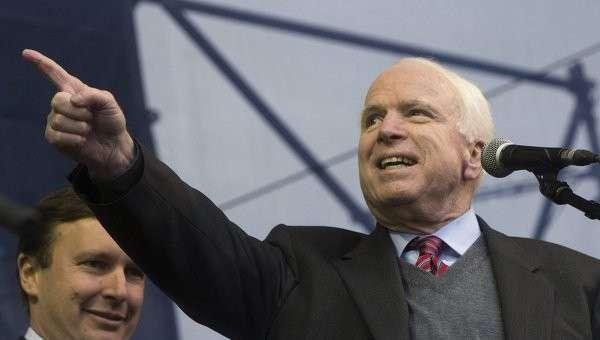 США утратили роль мирового лидера, считает Маккейн