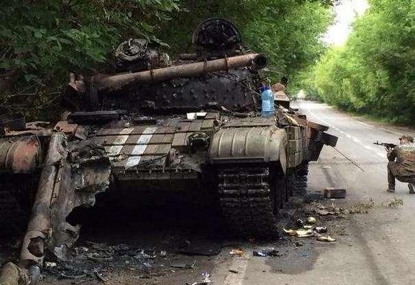 Ополченцы Новороссии отбили штурм Донецка но оставили несколько населенных пунктов