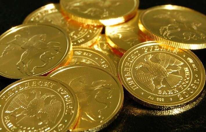 Золотой запас России на начало декабря впервые превысил 1600 тонн