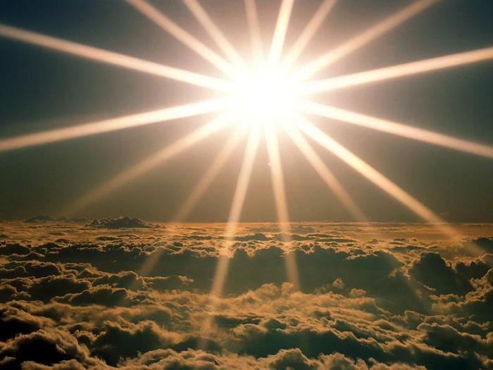 Сегодня день зимнего солнцестояния - самая длинная и тёмная ночь в году