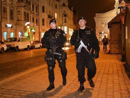 Немецкие спецслужбы месяцами наблюдали за берлинским террористом