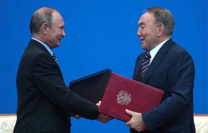 Владимир Путин в Петербурге встретится с Назарбаевым и примет участие в саммитах ЕврАзЭС и ОДКБ