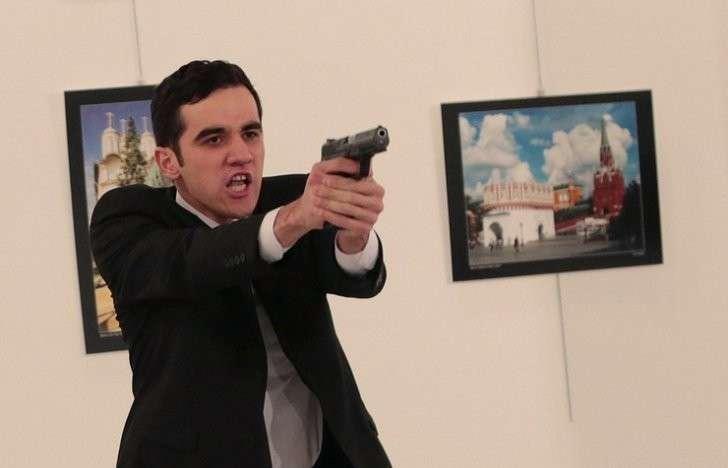 МВД Турции: убийца посла РФ в Анкаре не был террористом-одиночкой