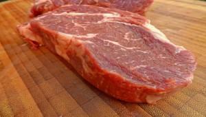 Россия может запретить ввоз говядины из Белоруссии