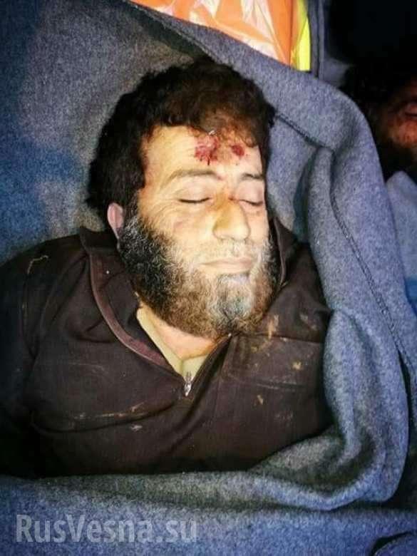 Бойня в Идлибе: неизвестные уничтожают главарей сирийских боевиков и их базы (ФОТО 18+) | Русская весна