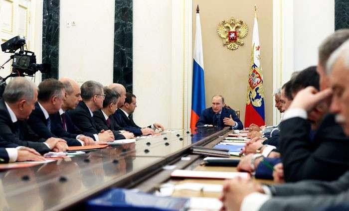 Запад лоб расшибет о Кремлевскую стену. Почему повторение украинских событий в России в ближайшее время невозможно