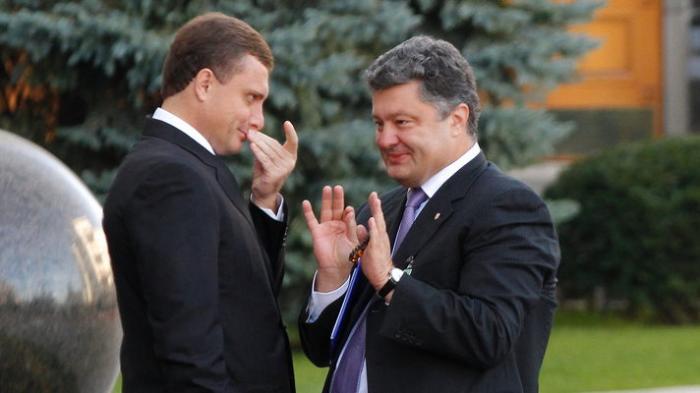 """Украина: «днепропетровские» проигрывают «киевским» и """"донецким"""", «львовские» в засаде"""