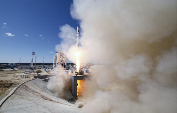 Дмитрий Рогозин назвал главной задачей космической отрасли РФ выход на безаварийные пуски