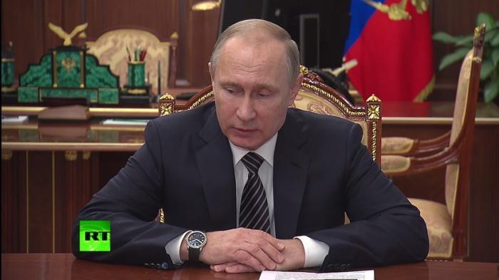 Владимир Путин сообщил о подписании документа по контролю за перемирием в Сирии
