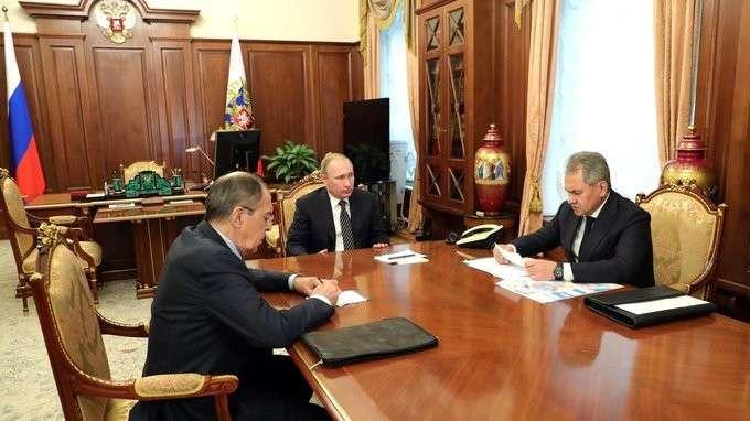 Встреча сМинистром обороны Сергеем Шойгу иМинистром иностранных дел Сергеем Лавровым