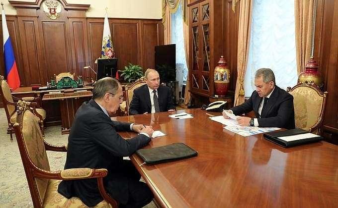 Встреча Владимира Путина с Министром обороны Сергеем Шойгу и Министром иностранных дел Сергеем Лавровым