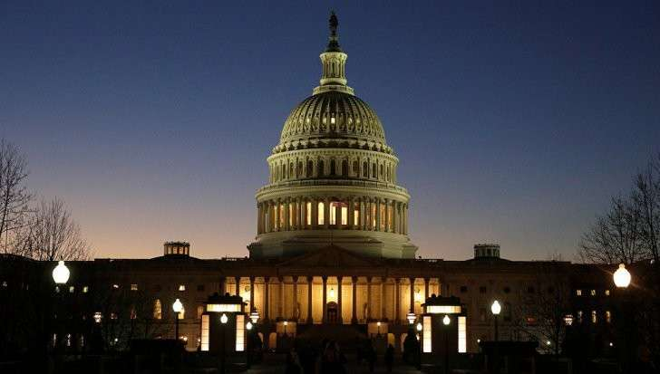 Конгресс США продолжит карать Россию санкциями