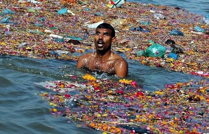 Экологическая проблема: река Ганг.
