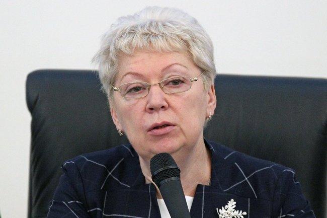 Министр образования Ольга Васильева отправит все учебники на апробацию