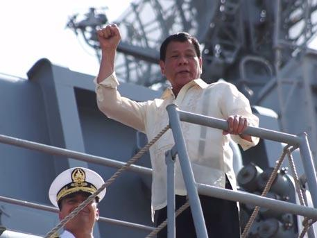 Родриго Дутерте разрешил российскому флоту швартоваться на Филиппинах в любое время