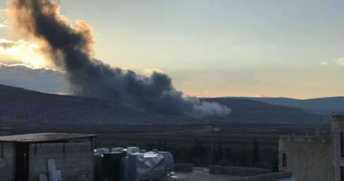 «Выжженная земля»: ВВС США разбомбили город в Сирии, убиты и ранены 42 человека
