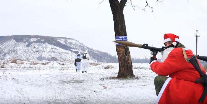 Дед Мороз с РПГ, зайчики-разведчики и диверсант-серый волк: новогодняя сказка для взрослых и не только