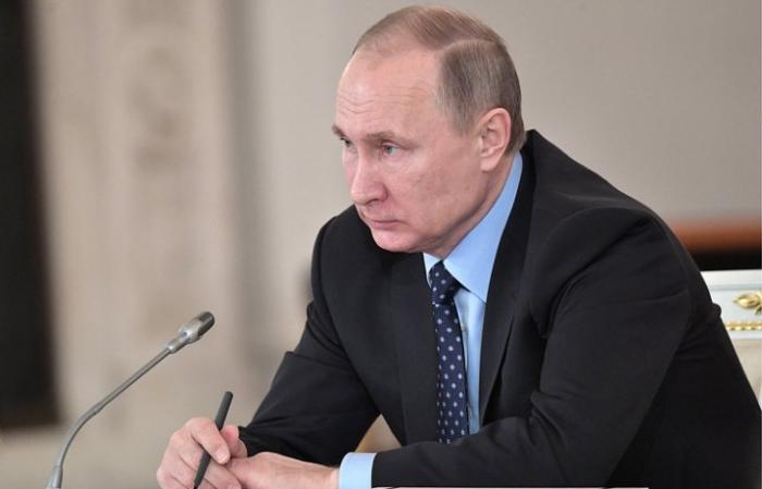 Владимир Путин рекомендовал ЦБ принять меры по снижению ставок по кредитам субъектов РФ
