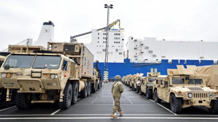 Американские танки едут на «войну с Россией»: а в Германии не рады новой войне