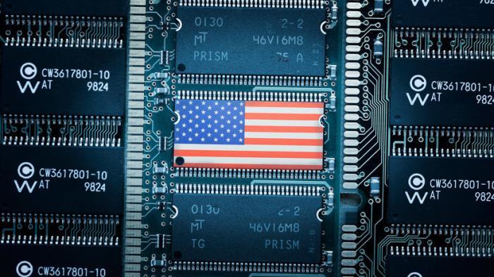 «Доказательства есть… наверное»: как Вашингтон обвинял Россию в кибератаках на США