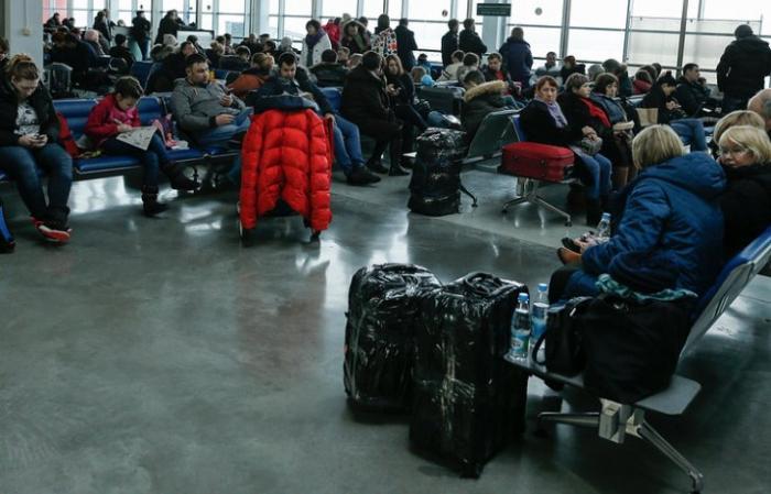 Задержка рейса не повод отчаиваться: инструкция для тех, кто застрял в аэропорту